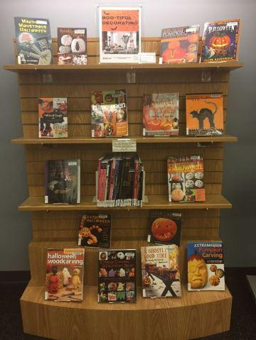 halloween book display for blog